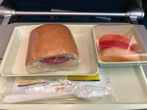 Đằng sau những chiếc 'sandwich lạnh' là một 'tư duy lạnh'
