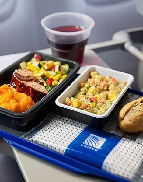 Điểm danh những suất ăn ngon và dở tệ của hàng không quốc tế