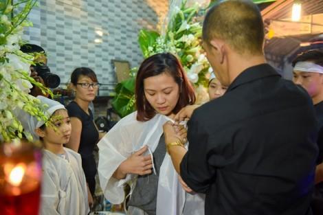 Con gái nghệ sĩ Khánh Nam: 'Tôi thấy có lỗi khi không về thăm khi ba còn sống'