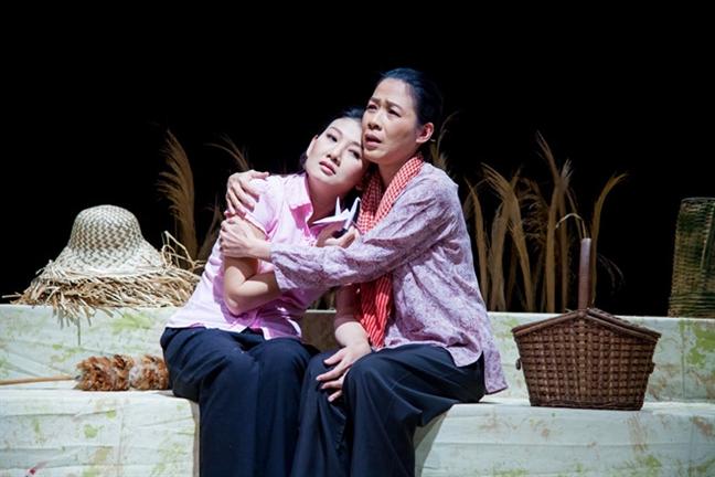 NSUT My Uyen: 'Khong len xe hoa voi nguoi chua du de goi la chong'