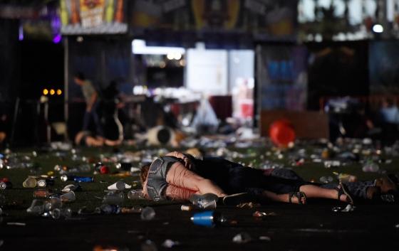 Dang sau nhung buc hinh am anh trong vu xa sung Las Vegas