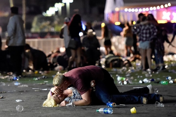 Nhung anh hung phut choc trong vu xa sung Las Vegas