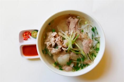 4 thói quen gây viêm dạ dày trong mùa mưa, 90% người Việt biết nhưng vẫn làm