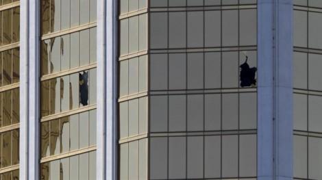 Vụ xả súng Las Vegas: Những chi tiết rùng mình chưa từng có