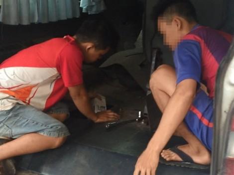Chở con bạc sang Campuchia, nam thanh niên 'kiếm thêm' từ việc buôn thuốc lá lậu