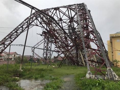 Điều tra nguyên nhân hai cột sóng truyền hình đổ trong siêu bão Doksuri