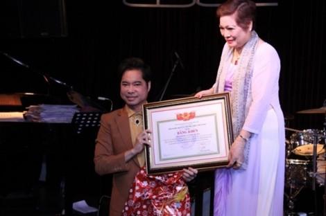 Hội Nghệ nhân và Thương hiệu: Không trao học hàm giáo sư âm nhạc cho ca sĩ Ngọc Sơn