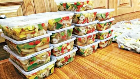 Vô tư ngâm món ăn 'nhà làm' trong chất bảo quản