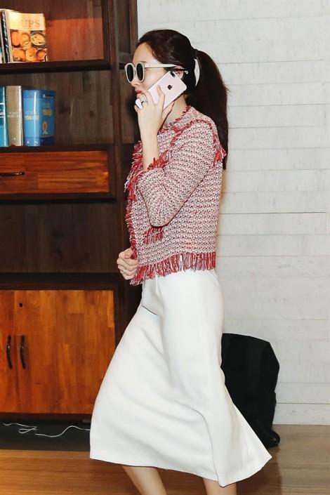 Tiệc cưới của Hoa hậu Đặng Thu Thảo ngập sắc tím nhẹ nhàng