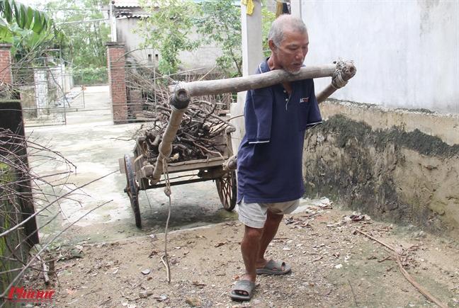 'Di nhan' khong tay theu det ky tich khong tuong doi thuong