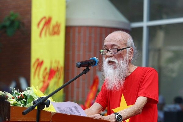PGS - TS Van Nhu Cuong qua doi sau 3 nam chong choi benh ung thu