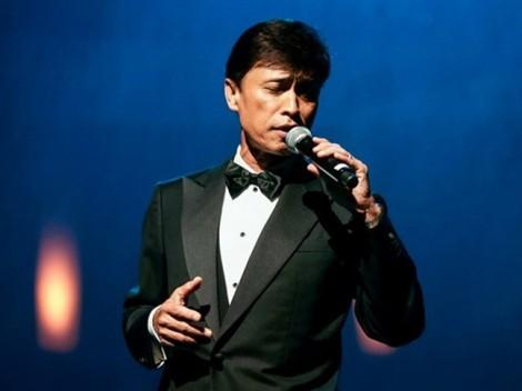 Ca sĩ Tuấn Ngọc hát 4 ca khúc trong đêm nhạc 'Gọi tên bốn mùa'