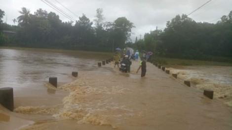 Đã có 20 người chết, 12 người mất tích trong mưa lũ