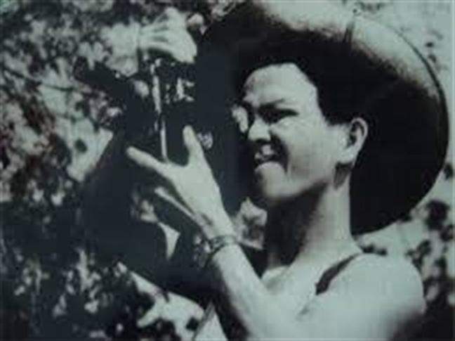 NSUT Khuong Me: Ngoi sao sang cua dien anh cach mang Viet Nam