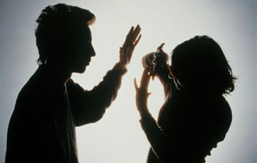 Bạo hành, quấy rối tình dục còn phổ biến