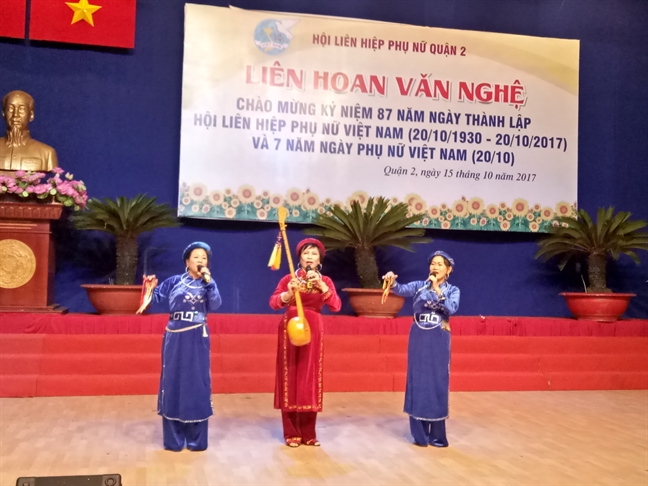 Quan 2: Lien hoan van nghe mung Ngay Phu nu Viet Nam