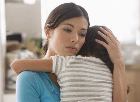 Khóc cười nhớ lại cảnh giận chồng, ôm con bỏ đi rồi bất đắc dĩ phải quay về nhà