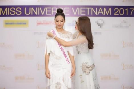 Nguyễn Thị Loan chính thức được trao quyền đại diện Việt Nam tại 'Hoa hậu Hoàn vũ 2017'