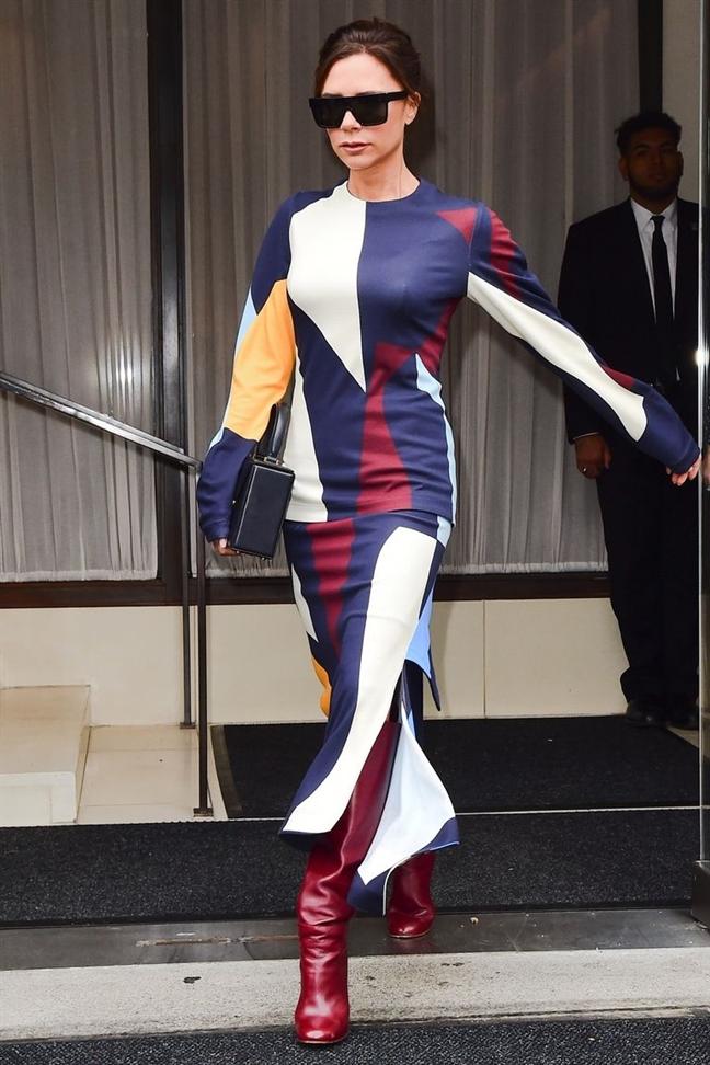Victoria Beckham the hien gu thoi trang sanh dieu