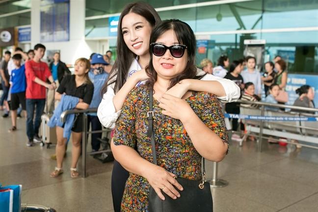 Co gi trong 200kg hanh ly Do My Linh mang den 'Miss World 2017'?