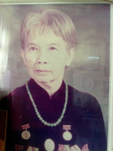 Vợ cố thi sĩ Nguyễn Bính đã về đất cùng ông