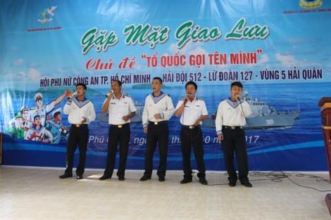 Hội Phụ nữ Công an TP.HCM tặng 100 triệu đồng cho Hải đội 512