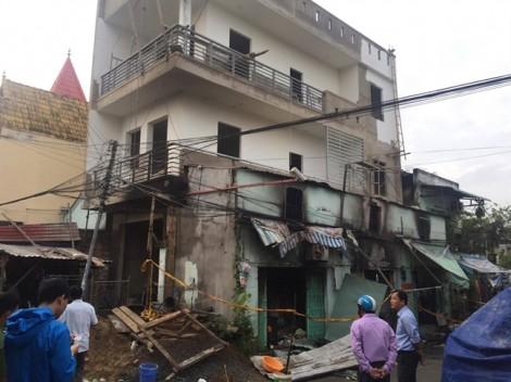 Cháy nhà trong đêm, 6 người thương vong