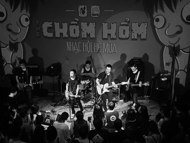 Song ngam Indie
