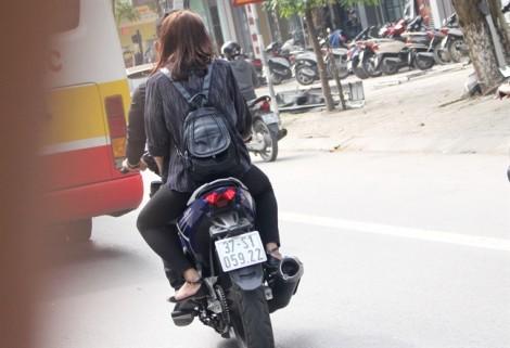 CSGT Nghệ An mặc thường phục bí mật ghi hình để triệt phá 'quái xế'
