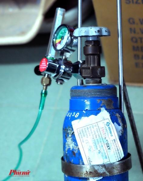Vụ bé 9 tuổi tử vong trên xe cấp cứu: Bác sĩ thừa nhận bình oxy không xài được
