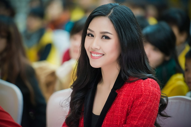 Thi nhan sac: Chuyen noi mai chua xong