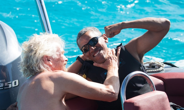 Phu nhan Michelle Obama so chong... thieu ban de tam giao