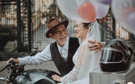 Bố mẹ U60 khăng khăng phải tổ chức đám cưới thật hoành tráng, con cái phản đối