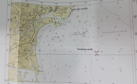 Dừng việc nhận chìm 62.000 m3 bùn thải xuống vùng biển đẹp nhất Quảng Ngãi