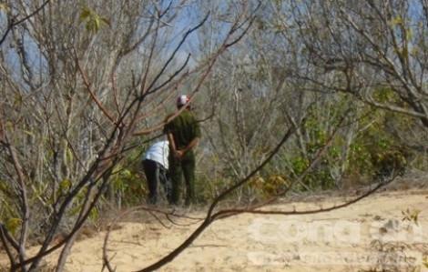 Đi nhờ xe, nữ sinh 13 tuổi bị hai nam thanh niên kéo vào rừng hãm hại