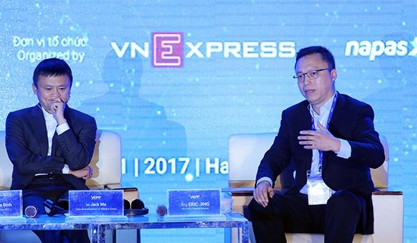 Jack Ma de nghi cai thien thu tuc hanh chinh, dung 'len xuong, xin cho'