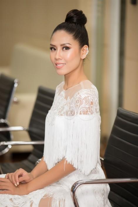 Á hậu Nguyễn Thị Loan: 'Thi hoa hậu không phải là tiêu chuẩn cộng đồng để đánh giá phụ nữ'