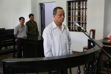 Bảo vệ trường tiểu học lãnh án 20 năm tù vì hiếp dâm trẻ em