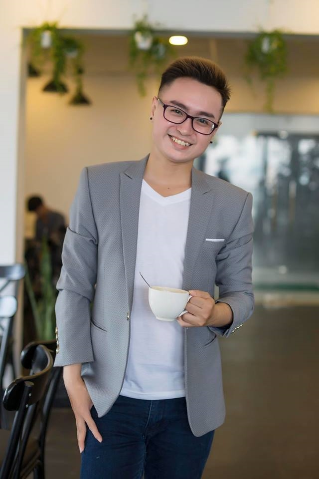 Chuon Chuon Giay - quan quan 'Lang hai mo hoi 2017': 'Di thi vi tien!'