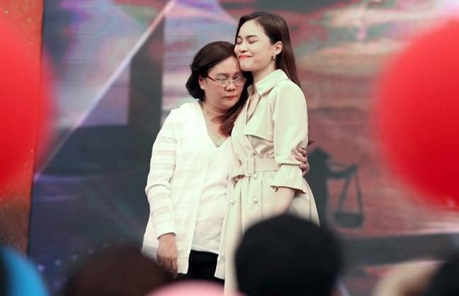 Giang Hong Ngoc: Toi tung nhay lau khi chu no khoa trai cua khong che