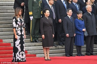 Đệ nhất phu nhân Mỹ tỏa sáng nhờ 'ngoại giao thời trang' thời thượng