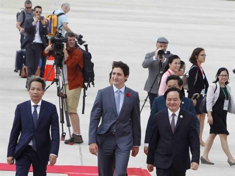 Thủ tướng 'điển trai nhất thế giới' tới Đà Nẵng dự APEC