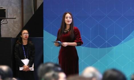 Điều gì giúp Hoa hậu Ngô Phương Lan được 'chọn mặt gửi vàng' tại APEC 2017?