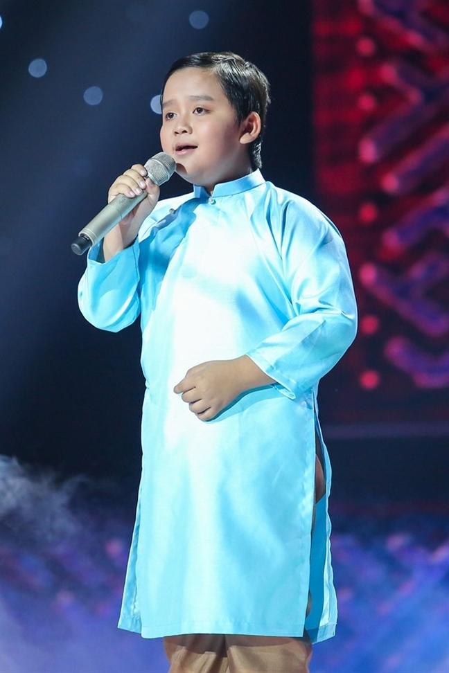 Quan quan 'Guong mat than quen nhi 2017' Thuy Binh: 'Em van hoc gioi o truong'