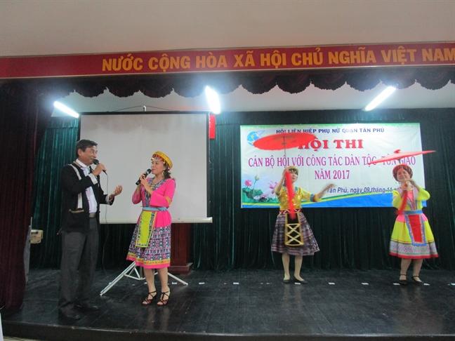 Tan Phu: thi 'Can bo Hoi voi cong tac dan toc - ton giao'