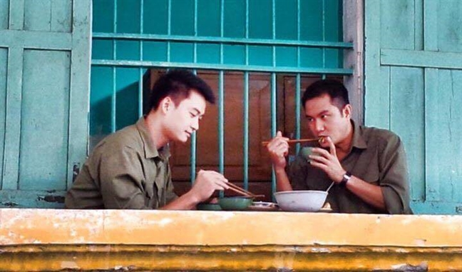 Phim 50 ty lam 5 nam, len song 1 tap roi… ngung