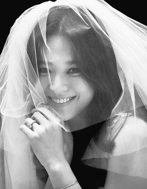 Meo trang diem tu nhien cho co dau dep nhu Song Hye Kyo