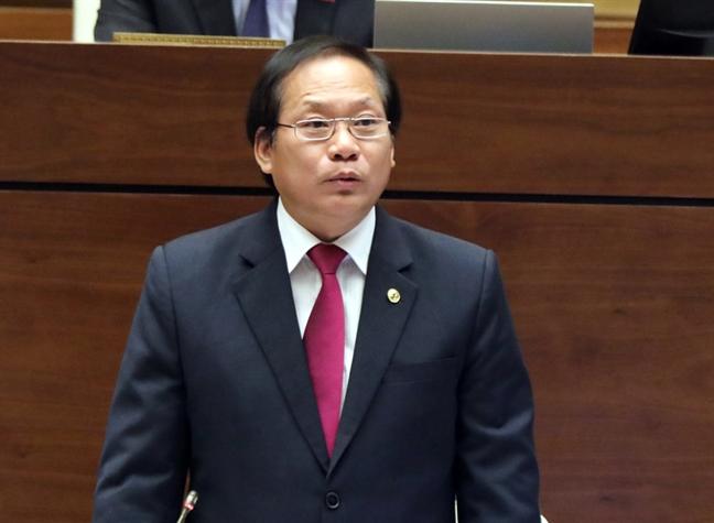 Bo truong Truong Minh Tuan: 'Khong the noi cac chuong trinh thuong mai lan at truyen hinh cong'
