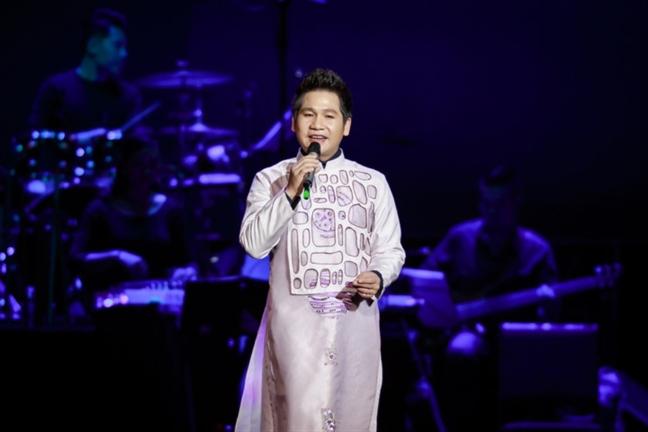 Sao Viet: nguoi bo giang duong lan san showbiz, ke tu showbiz tim gia tri o giang duong