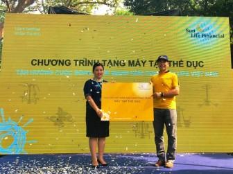 Sun Life Việt Nam tặng máy tập thể dục cho công viên Tao Đàn, giúp cộng đồng tận hưởng cuộc sống khỏe mạnh hơn